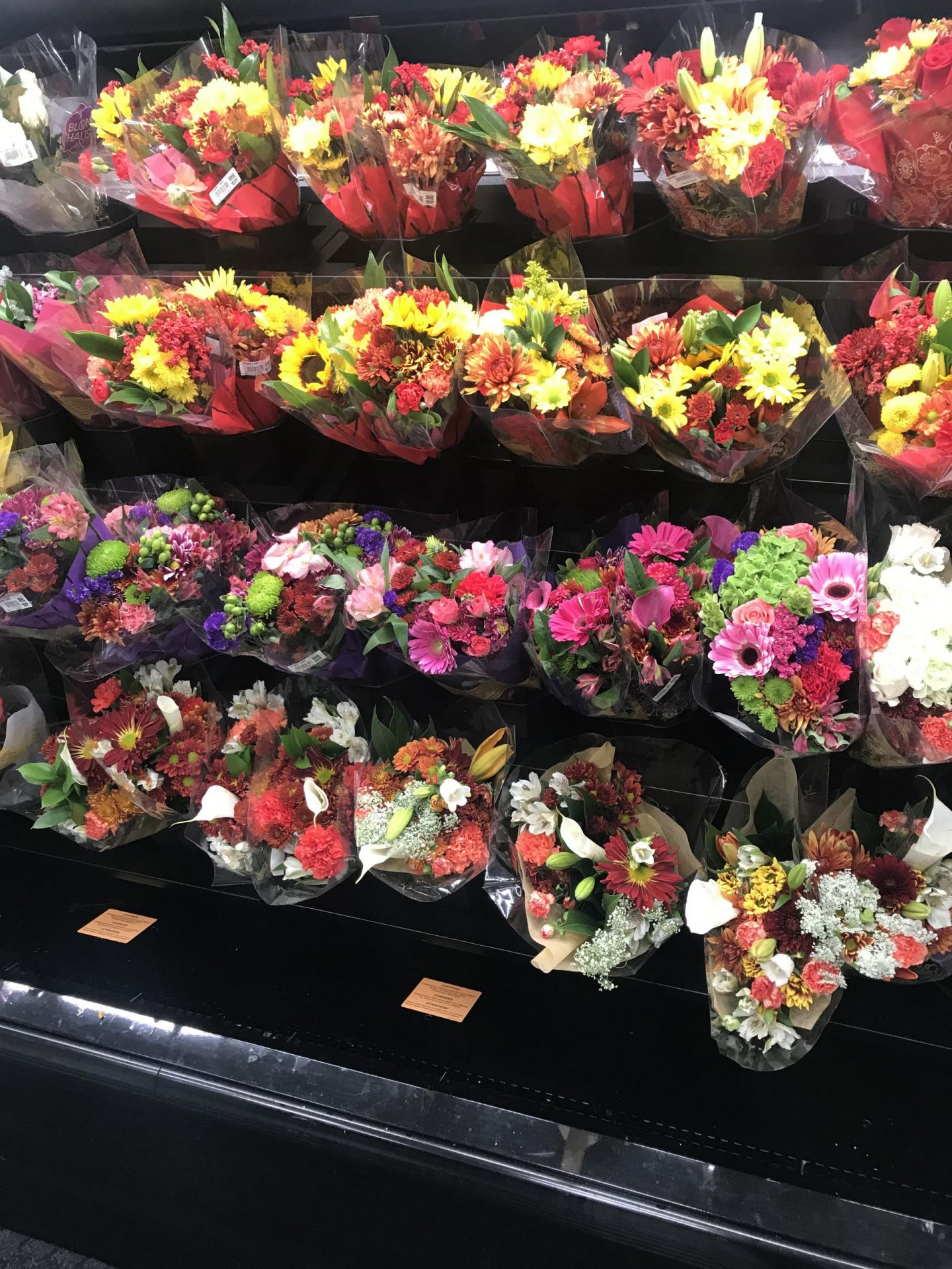 kroger florals friendsgiving party