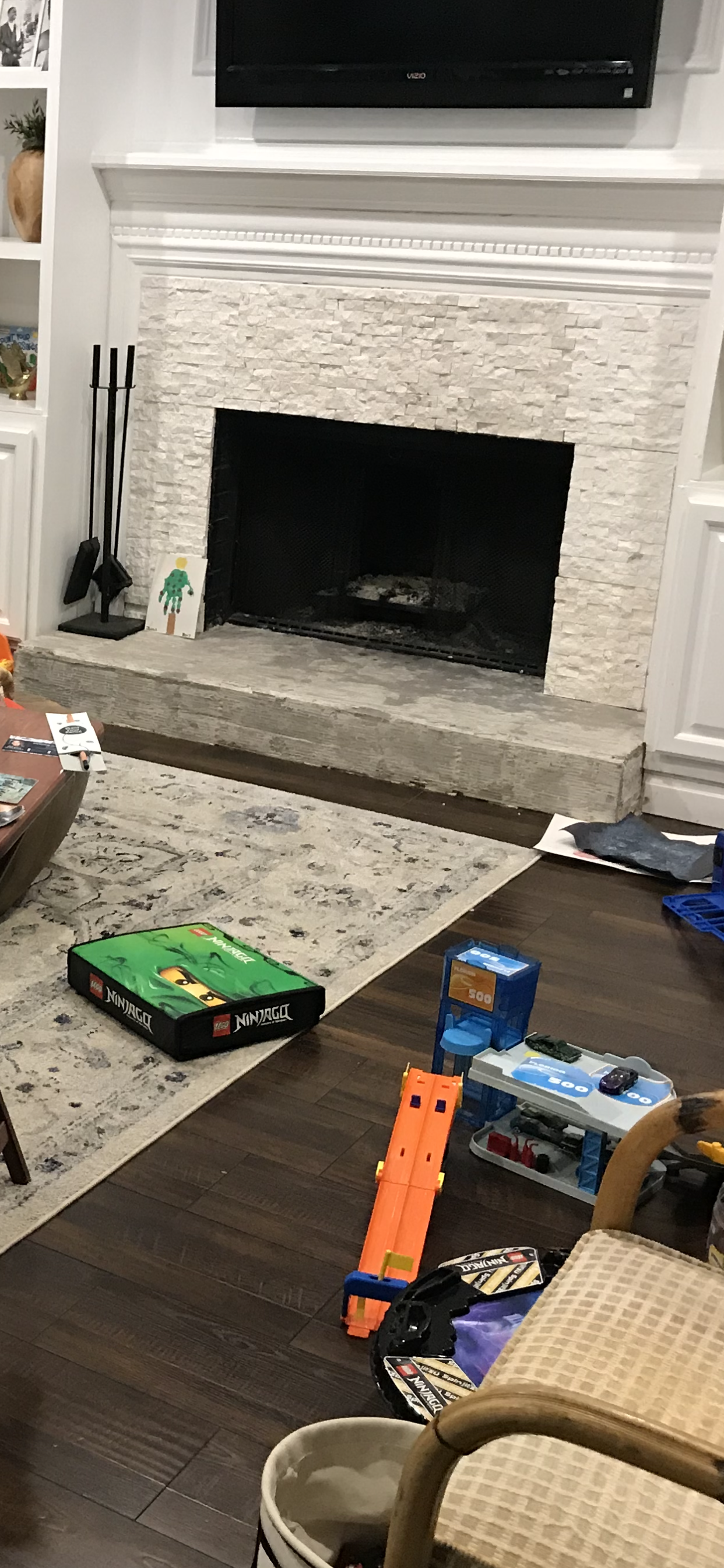 diy budget fireplace makeover before