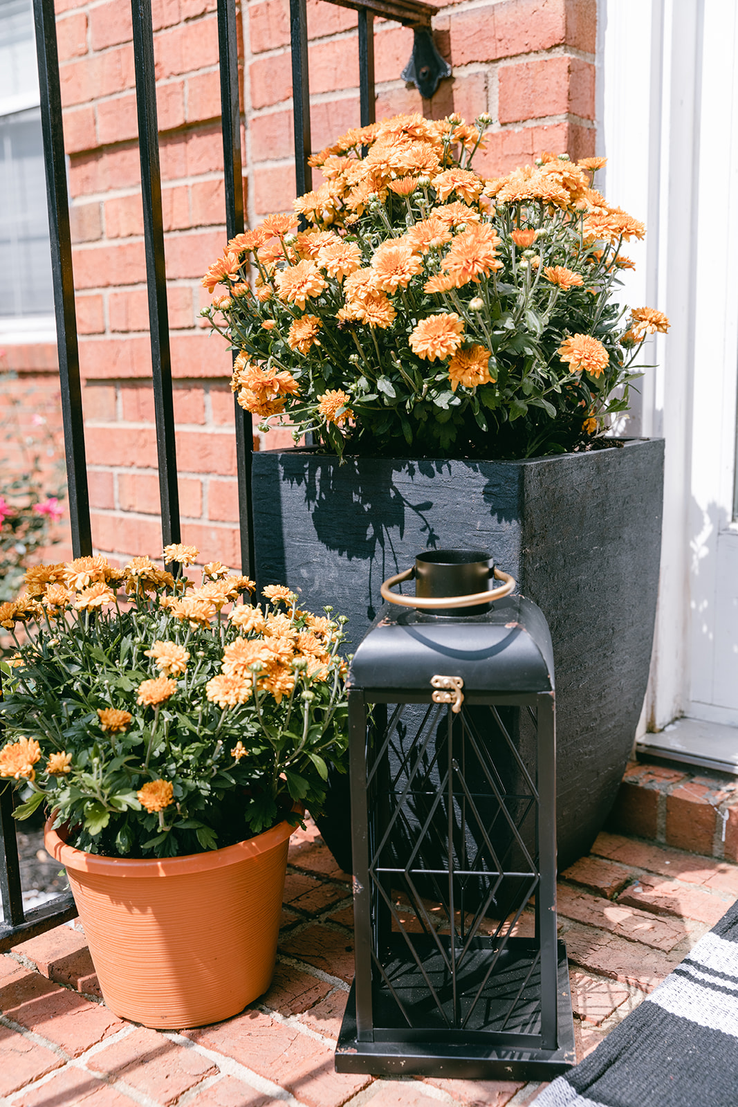 simple fall porch decor